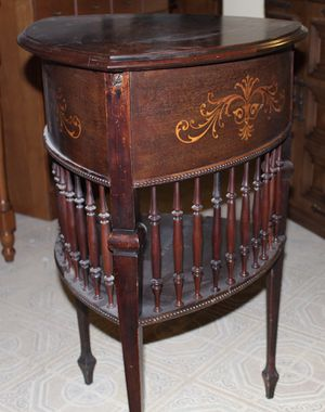 Antique Vintage Storage Table w/ Removable Tray for Sale in Colesville, MD