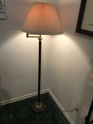 Antique lamp for Sale in Houston, TX