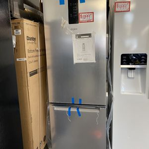 """Brand New Whirlpool -24"""" Bottom Freezer Refrigerator Stainless Steel With Manufacturer Warranty for Sale in Laurel, MD"""