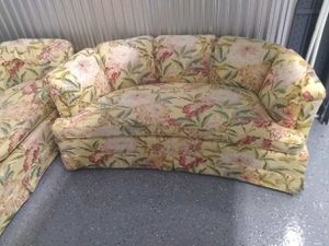 Very nice elegant love seat we also have a matching sofa for 59.00 more for Sale in Pinellas Park, FL