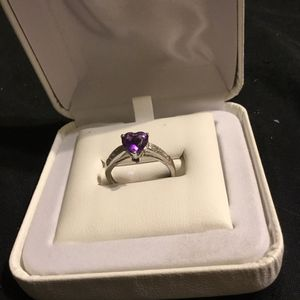 White gold diamond heart shaped amethyst promise ring size 7[MARKED] for Sale in Phoenix, AZ