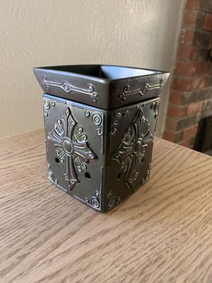 Brand new Scentsy oil and wax burner!! for Sale in Arlington, TX
