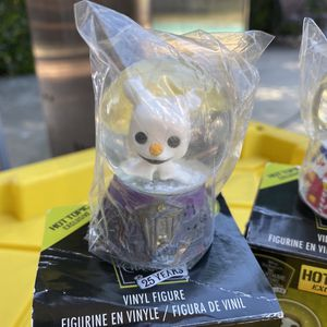 Funko Zero Nightmare Before Christmas Mystery Minis Snow Globe Disney Hot Topic Exclusive for Sale in Los Angeles, CA