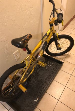 Gold bike for Sale in Everett, MA