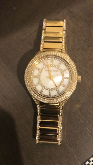 Michael Kors for Sale in Englewood Cliffs, NJ