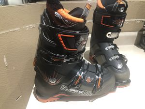 Men's Salomon Quest 10 Ski Boots 27.5 or 9 1/2 for Sale in Mesa, AZ