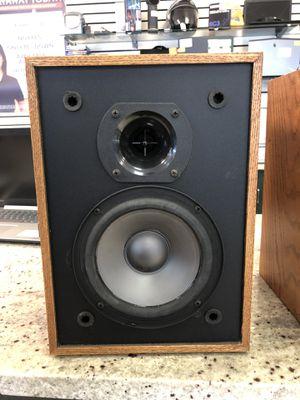 Set of 2 Klipsch Speakers KT-DS Medium Oak for Sale in Gaithersburg, MD