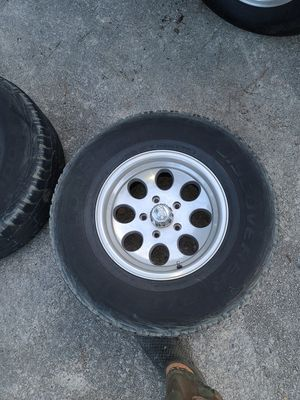 """16"""" f150 set of rims and tire for Sale in Lawrenceville, GA"""