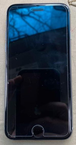 iPhone 6 32gb (At&t) for Sale in Coram, NY