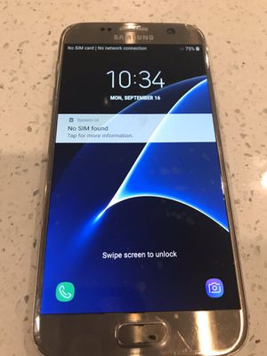 Samsung Galaxy S7 unlocked 32gb gold for Sale in Paradise Valley, AZ
