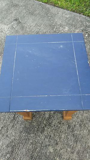 Small wooden table for Sale in Miami, FL