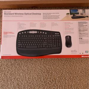 Standard Wireless Optical Desktop for Sale in Joliet, IL