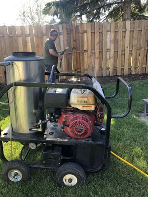 Hot water power washer for Sale in Southgate, MI