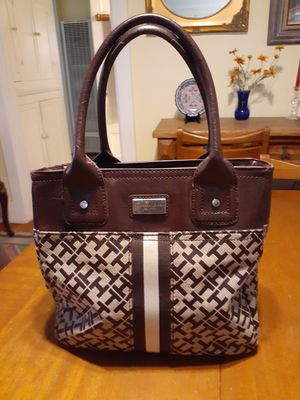 Brown leather canvas Tommy Hilfiger handbags for Sale in San Diego, CA
