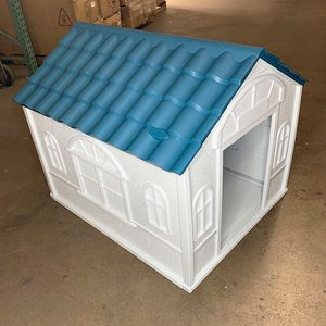 """(NEW) $85 Plastic Dog House Medium size Pet Indoor Outdoor All Weather Shelter Cage Kennel 39x33x32"""" for Sale in South El Monte, CA"""