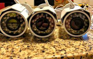 3- 1080p security cameras with install/ 3- camaras HD con instalacion incluyida.. for Sale in Fort Worth, TX