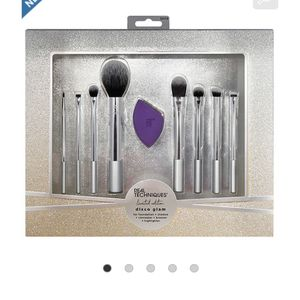 NEW Real Techniques Disco Glam Brush Set for Sale in La Habra Heights, CA