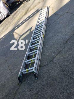 Werner 28 Ft Aluminum Ladder (Type 2-225#) for Sale in Oregon City,  OR