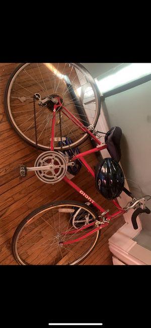 Giant Road Bike for Sale in Staunton, IL