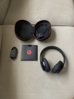 Beats Studio wireless like a new for Sale in Levittown, PA