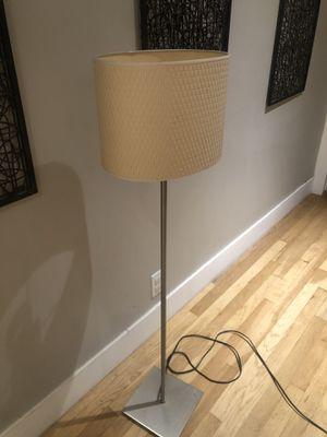 Floor lamp for Sale in Long Beach, CA
