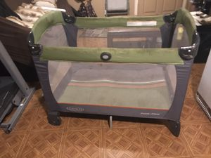 Graco Baby toddler playpen with travel bag for Sale in Rialto, CA