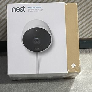 Nest Outdoor Security Camera for Sale in Bloomingdale, IL