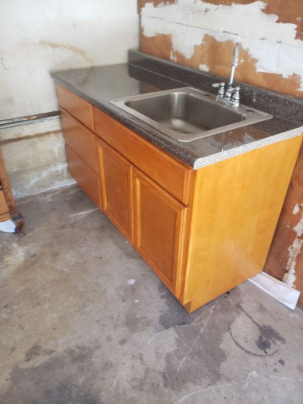 Kitchen gavinet