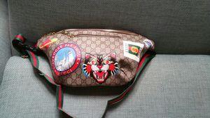 Gucci supreme waist chain belt fanny pack sunglasses case wallet cross lv body gym bag handbag purse clutch for Sale in San Diego, CA