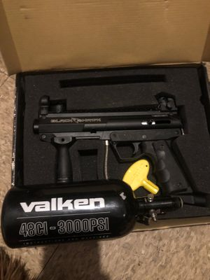 Valken Blackhawk paintball gun, tank, and mask for Sale in Springfield, MA