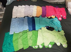 bumGenius 4.0 and Freestyle lot 31 diapers total for Sale in Tacoma, WA