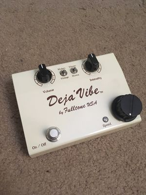 Deja Vibe v2 guitar pedal for Sale in Tempe, AZ