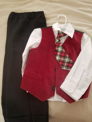 Van Heusen boys 4 piece outfit size 3 for Sale in Goodyear, AZ
