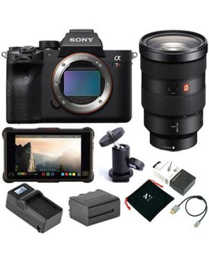 sony a7r mirrorless camera with/ 24-70mm mount lens with/ monitor kit for Sale in San Diego, CA