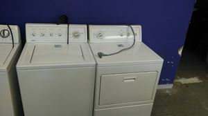 Kenmore 80 series washer and dryer set (white) for Sale in Cleveland, OH
