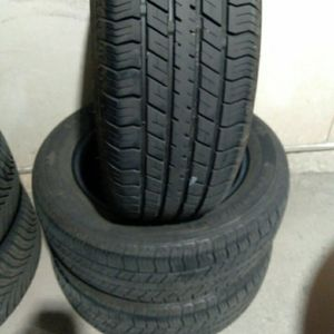 3 TIRES RADIALLL821 195/60R15 for Sale in Herndon, VA