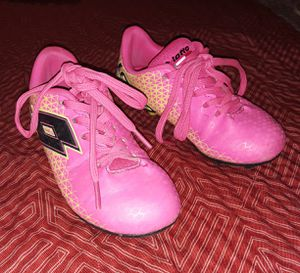 Lotto Soccer Cleats children Size 10 for Sale in Fresno, CA