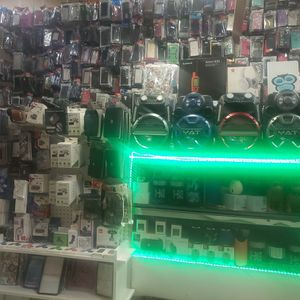 Business Space For Sale Full Of Accessories For Phones And Speakers for Sale in Lakewood, WA