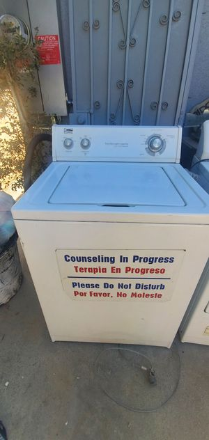 Whirlpool washer w/ purchased free Kenmore dryer for Sale in Los Angeles, CA