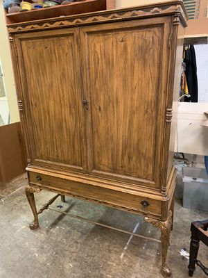 Antique china cabinet for Sale in Monongahela, PA