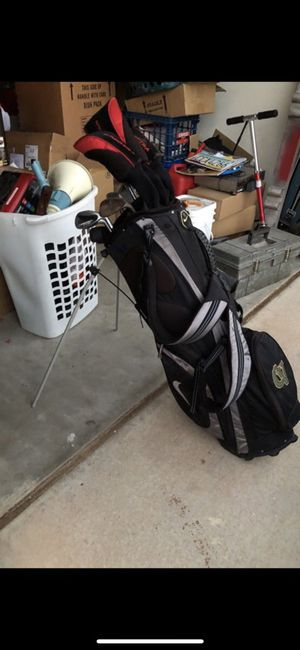 Assorted golf clubs and bag for Sale in Phoenix, AZ