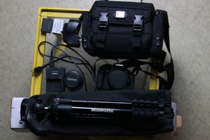 Canon EOS Rebel T3i bundle for Sale in The Bronx, NY