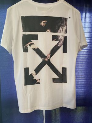 Off white shirt for Sale in Roselle, IL