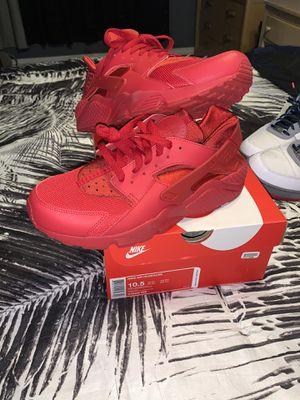 Nike Air Huarache size 10.5 never worn. Fresh out the box. for Sale in Long Beach, CA