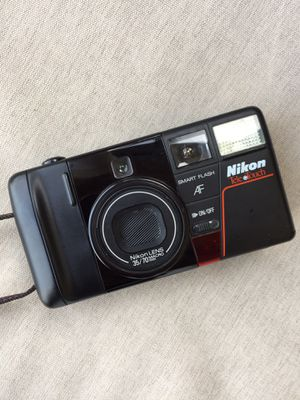 Nikon point and shoot for Sale in Hialeah, FL