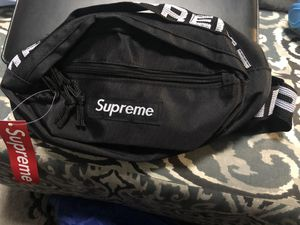 Supreme Fanny Pack for Sale in Millville, NJ