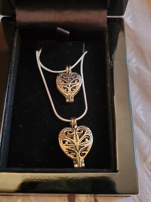 BN MOM AND DAUGHTER LOCKET for Sale in Arvada, CO