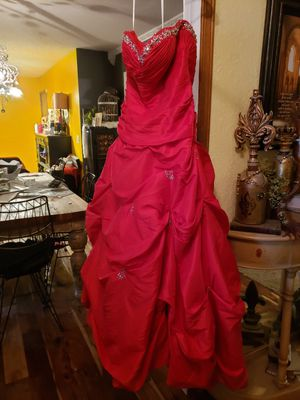 Red Formal, size 12/14 for Sale in Amarillo, TX