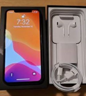 🎁 iPhone 11 PRO - iOS 13.2 with Dark Mode for Sale in Overland Park, KS