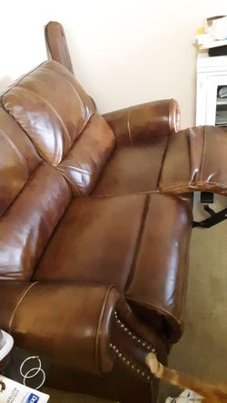 Leather,reclining sofa for Sale in Salt Lake City,  UT